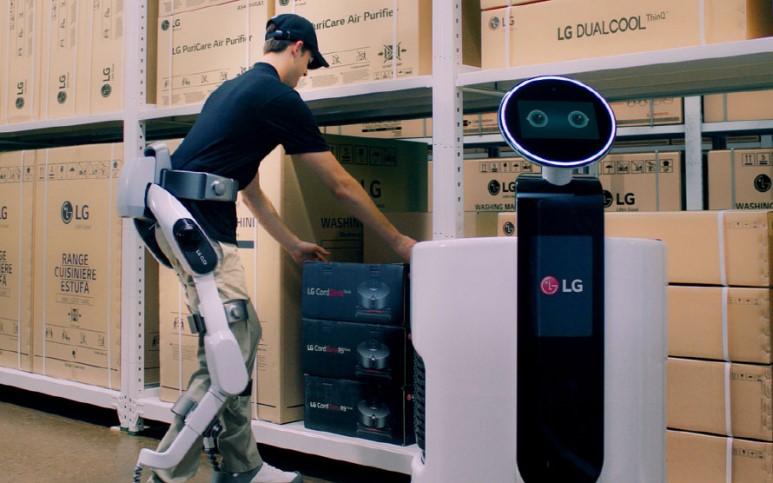 LG 클로이 수트봇 공개! 차세대 먹거리 로봇 공략