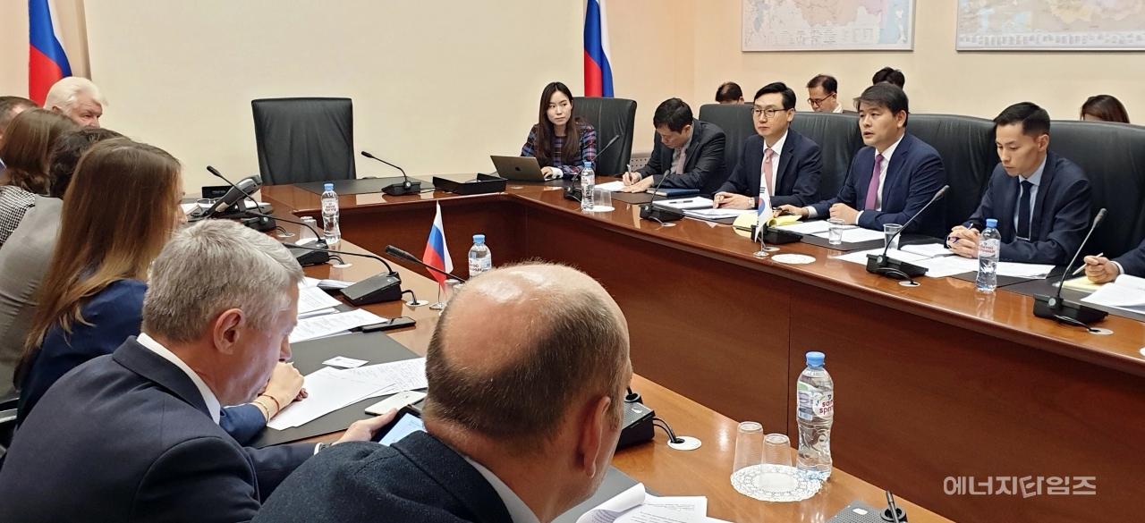 한-러시아 자원협력委 개최…가스·전력부문 협력 의지 재확인