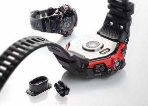 카시오(Casio) 디지털 시계에 적용된 고성능 플라스틱 소재