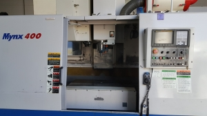 중고 두산 머시닝센타 Mynx-400(2004년식):콘트롤 화낙OiM 8000rpm 칩콘베어,주축관통장치,오일미스트